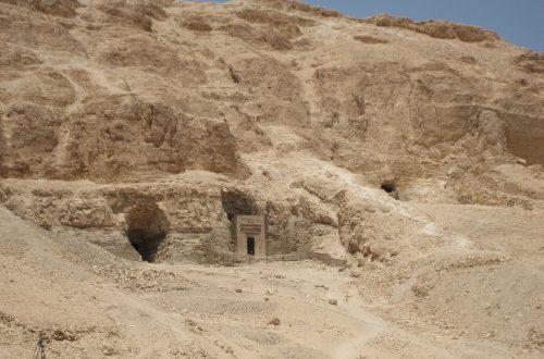 Luxor , een belangrijke plaats met tempels